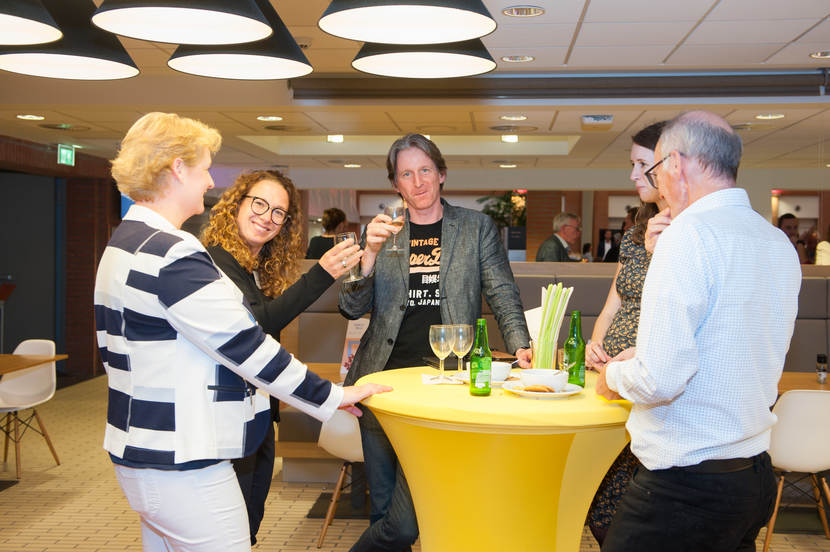 Sfeerimpressie meet-up ICT-leveranciers in de zorg, borrel